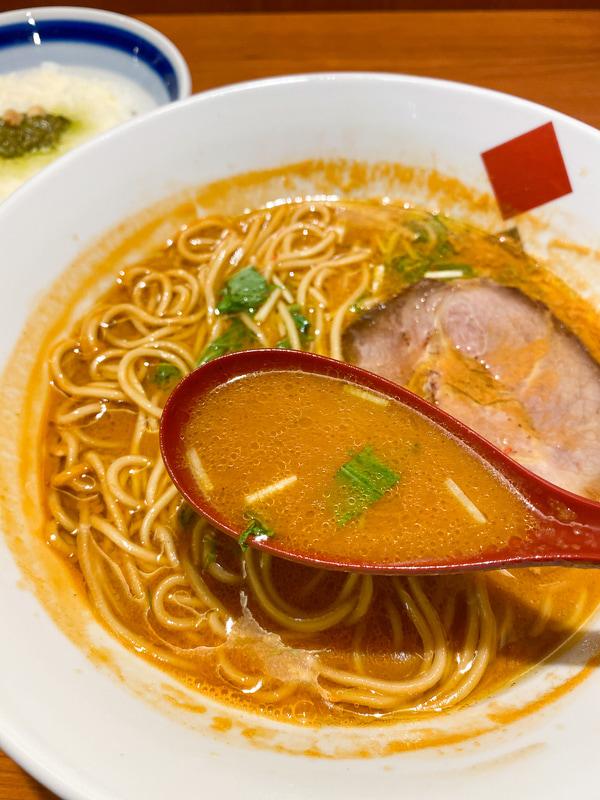 最後の一滴まで残したくない贅沢な海老スープ