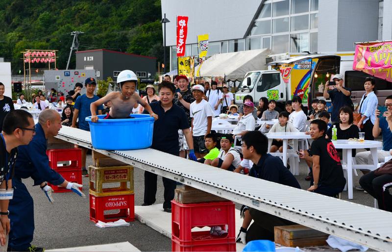 奥尻町「なべつる祭」