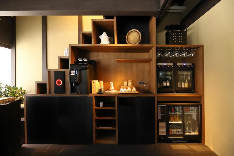 コーヒーは京都発祥のコーヒーブランド「Unir(ウニール)」の最高品質を提供