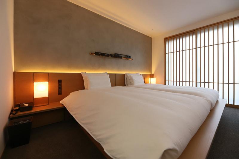 全室のマットレスには、京都の高級寝具専門店イワタの「ラークオール」を採用