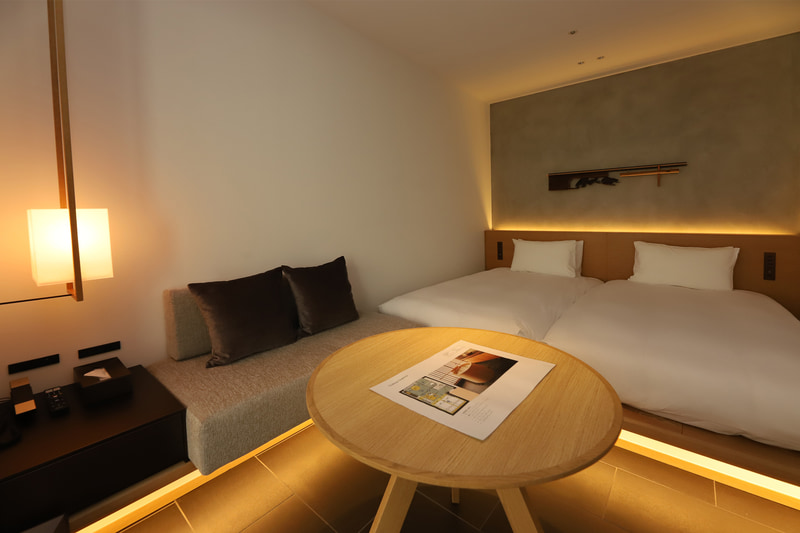 「Tsuboyu Superior」はコンパクトで最大2名が宿泊可能。あらゆるカップルにピッタリのサイズ感