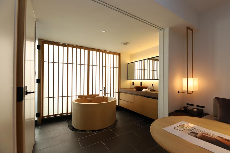 浴室と寝室を区切ることも可能