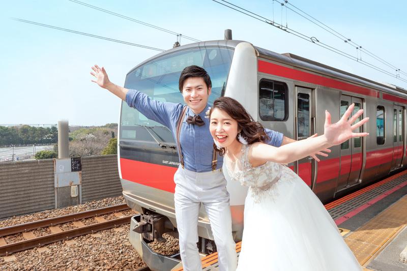 京葉線全線開業30周年を記念した「ウエディングトレイン」を運行する
