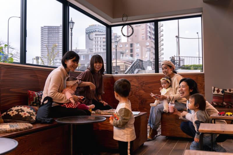 カフェBAR&イベントスペース「ふくろう360°」