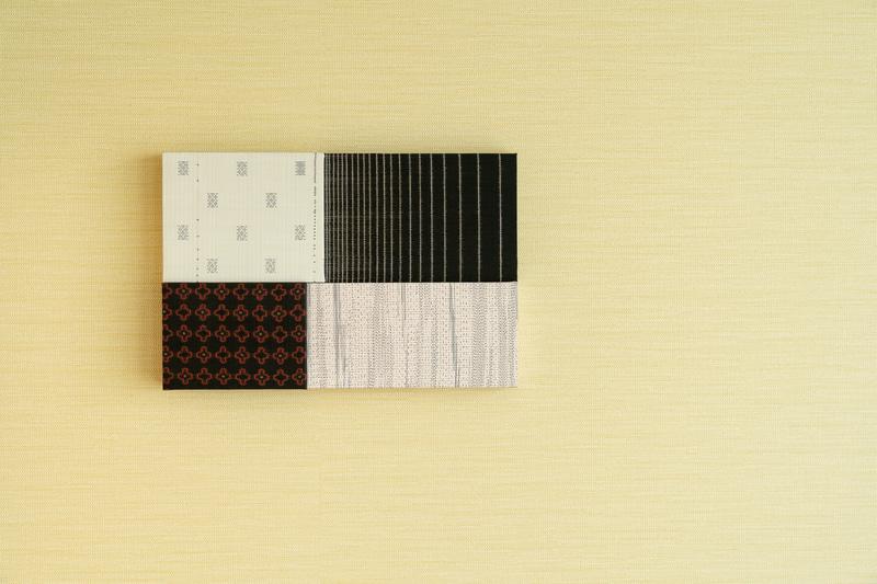 大島紬の壁飾り
