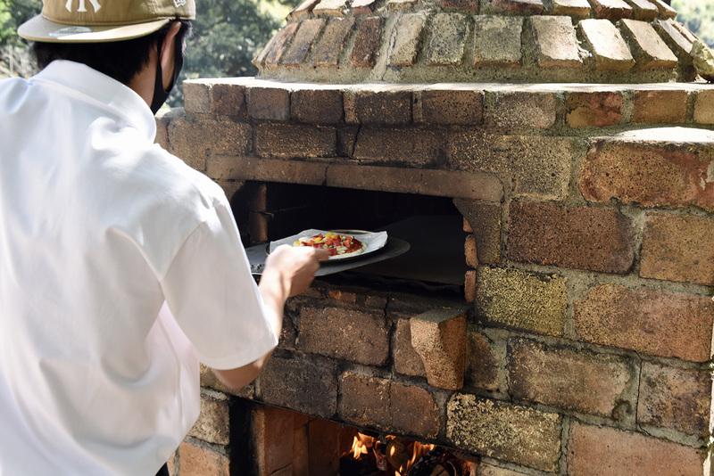 手作りピザ体験も実施する