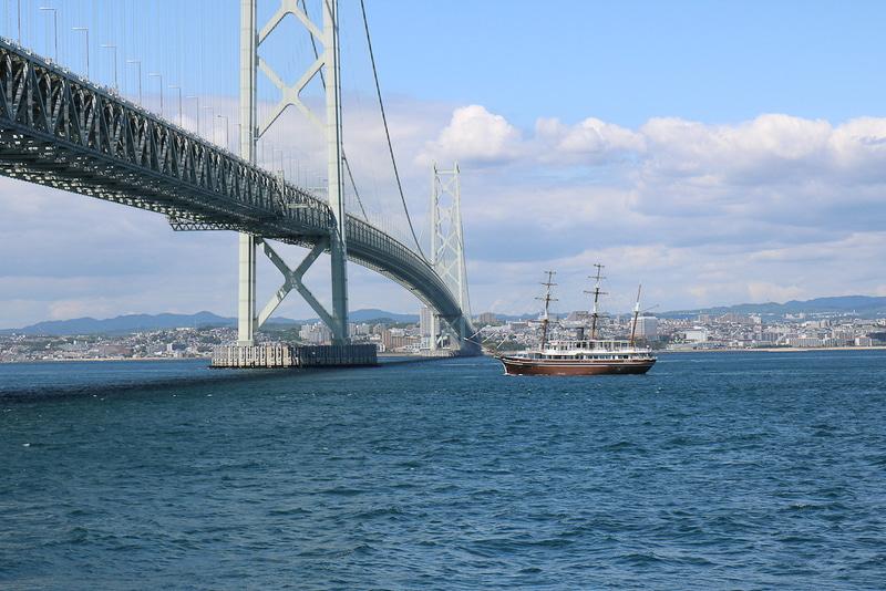 ジョイポート南淡路が明石海峡大橋クルーズの就航を記念して、小学生料金を無料にする
