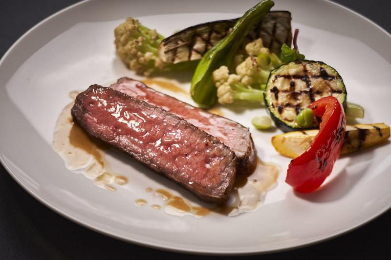 長崎和牛のステーキ 夏野菜のグリル