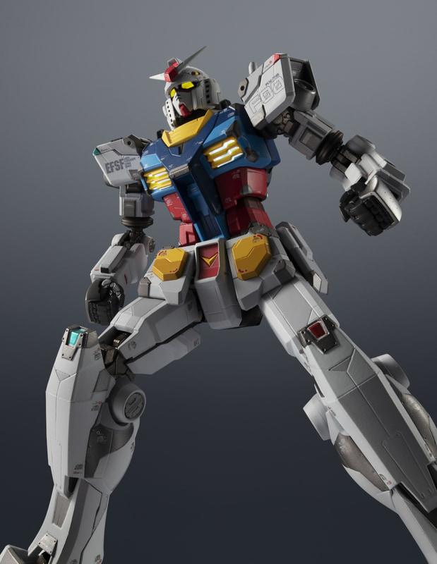 通信販売する「超合金×GUNDAM FACTORY YOKOHAMA RX-78F00 GUNDAM」(2万2000円)