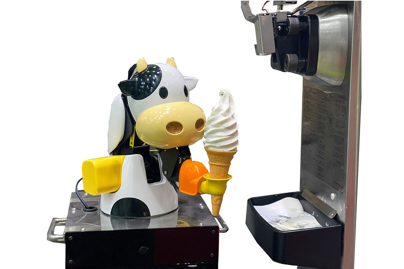 神戸淡路鳴門道 淡路SA(上り)のフードコートに「ソフトクリームロボット」導入。7月21日9時から