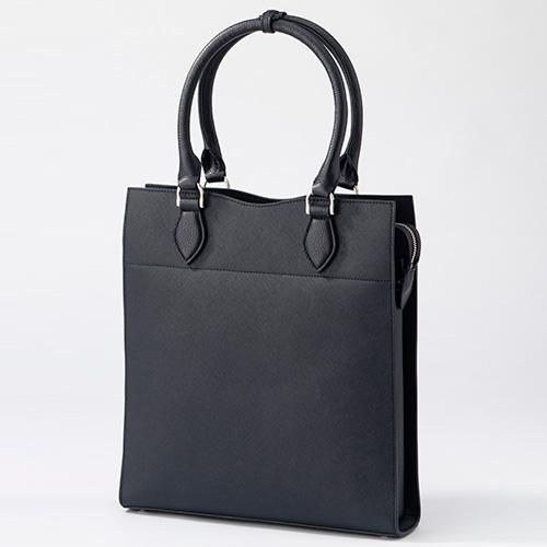 ガレリアント サフィアーノスリムトートバッグ(2万8000円)