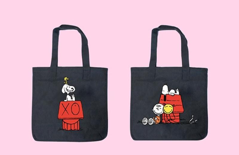 三越伊勢丹がスヌーピーとアンドレ・サライヴァのコラボグッズを発売する。写真はAndre×SNOOPY トートバッグ(各1万4300円)