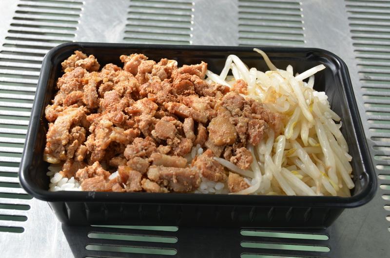 ルーローファンは記者が台湾で食べた台湾本場の味そのものだった
