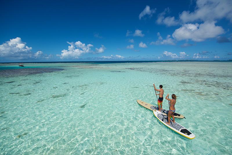 タヒチ最大の環礁の島「ランギロア」周辺に広がる海