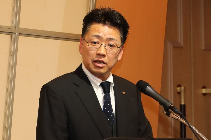 トヨタ紡織株式会社 ACT部長 傍嶋政道氏。新型シートのより技術的な説明がなされた