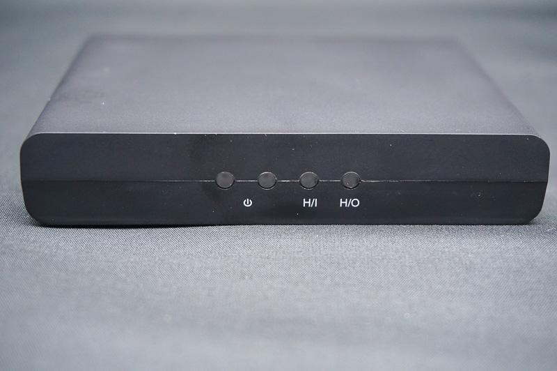 HDMI SETに付属しているHDMIコンバータ。HDMI入力のビデオを信号を、コンポーネント出力に変換する
