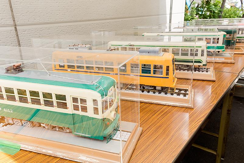 地元の鉄道愛好会「のぞみ会」によるOJスケールのペーパークラフト展示