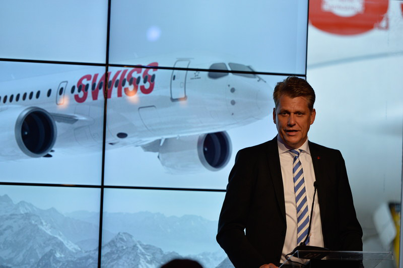 Cシリーズ導入計画について説明するスイスインターナショナルエアラインズCEOのHarry Hohmeister氏