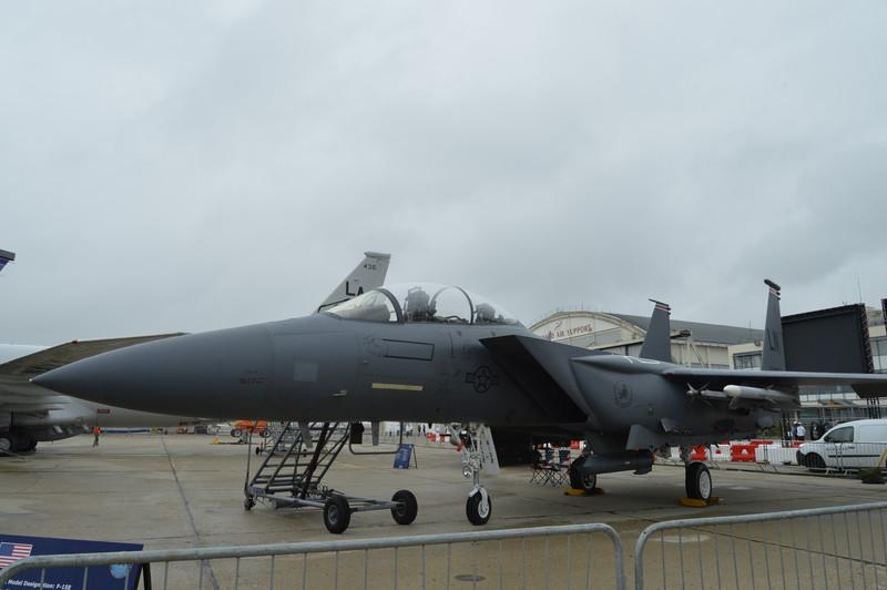 レイクンヒース基地(イギリス)の第494戦闘飛行隊所属の「F-15E」