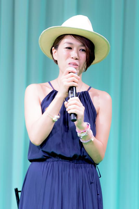 道端さんをはじめ多くの人気モデルのヘアメイクを担当しているメイクアップアーティストの早坂香須子さん