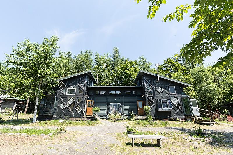 雪子の家。2002 遺言で、五郎が雪子のために作った家