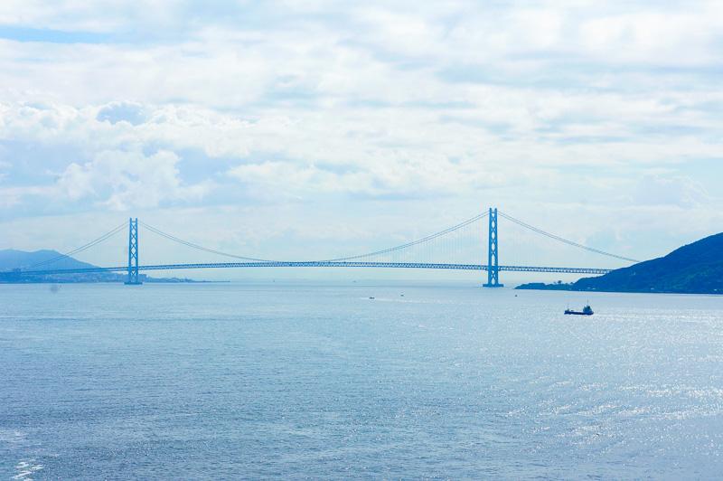 世界最長3911mの吊り橋、明石海峡大橋