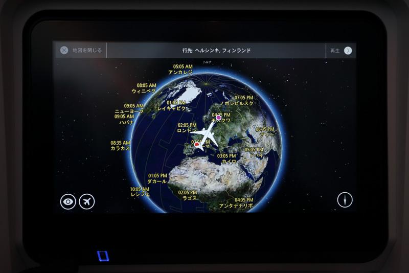 ルートマップも任意の表示を行なえるタイプ。スワイプでの地図移動や、ピンチイン/アウトでの拡大縮小も可能。ルート上の主要都市にある観光地情報も提供される
