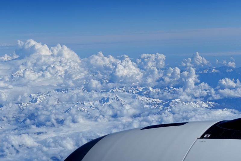 飛行時間は約3時間。巡航時の高度は4万3000フィートだった