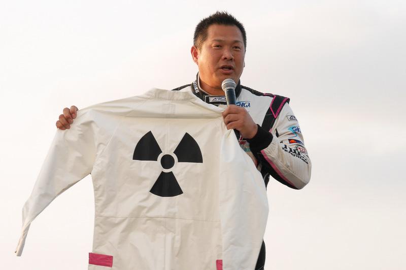 """山本昌さんの大親友でもある、野球解説者の山崎武司さん。「朝からBTTFを見直して、""""こうだったな""""と懐かしい気持ちになりました」とコメント。本当は、手に持っているドクの衣装を着る予定だったが、ダイエットに失敗し着られなかったと笑いを誘っていた"""