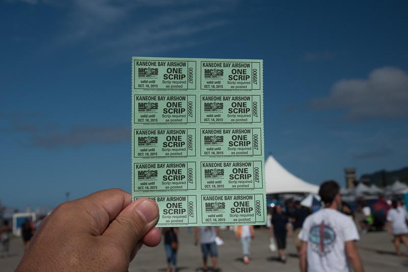 ショー会場の中では、このSCRIPというチケットで食事や飲み物が購入できる。SCRIPチケットはチケット販売ブースで、1枚1ドルで購入。つまりこれで10ドル