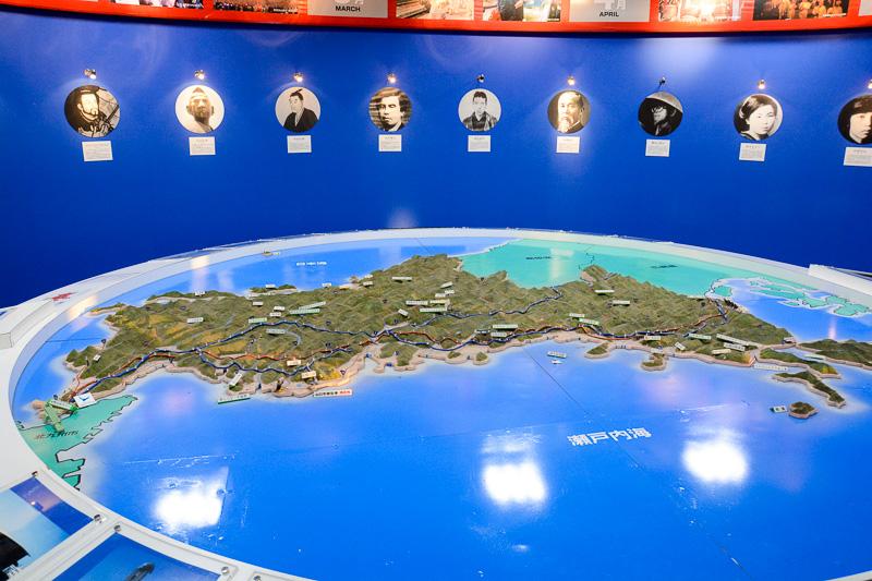 国際線ターミナル1階には「観光情報プラザ」が入っており、県内各地域の観光スポットの紹介やチラシの配布などが行なわれている
