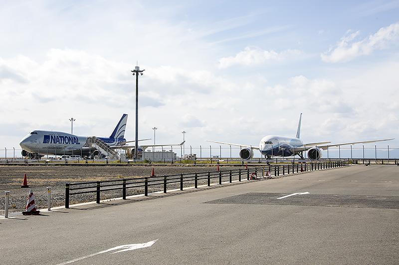 787型機と並ぶ貴重なシーンも