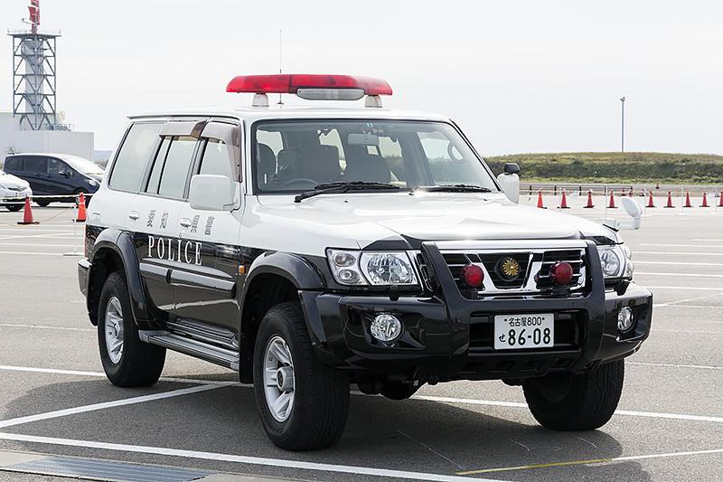 日産「サファリ」をベースにしたパトロールカー