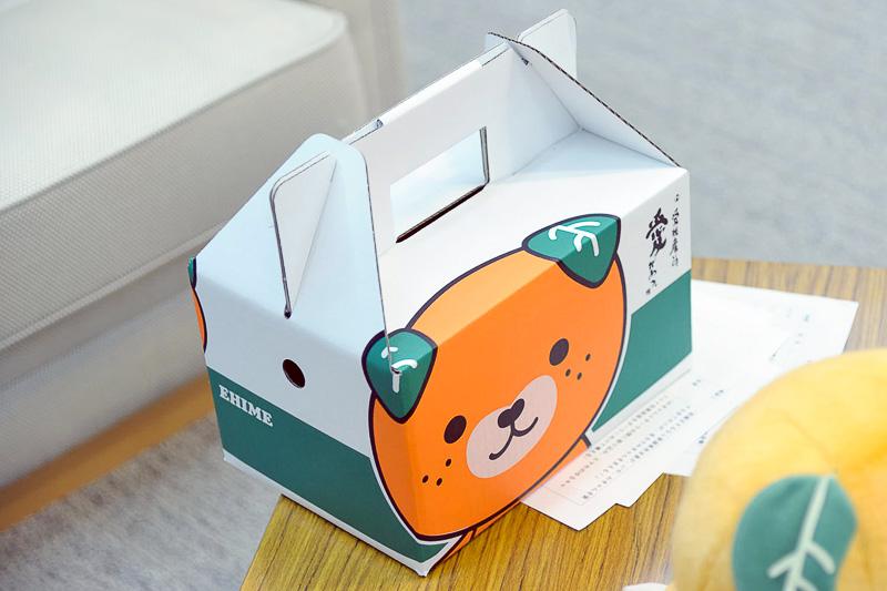 みきゃんがデザインされた愛媛みかんの箱。水樹さんも「かわいい」と絶賛していた