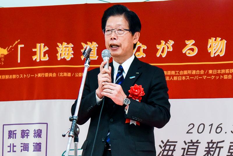 北海道旅客鉄道株式会社 社長 島田修氏は、新幹線で使用する新駅舎についての近況や、北海道新幹線開業への意気込みを語った