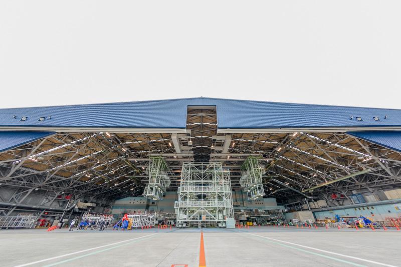 STAR WARS ANA JET 2号機こと「JA604A」がドックインしている格納庫を見学