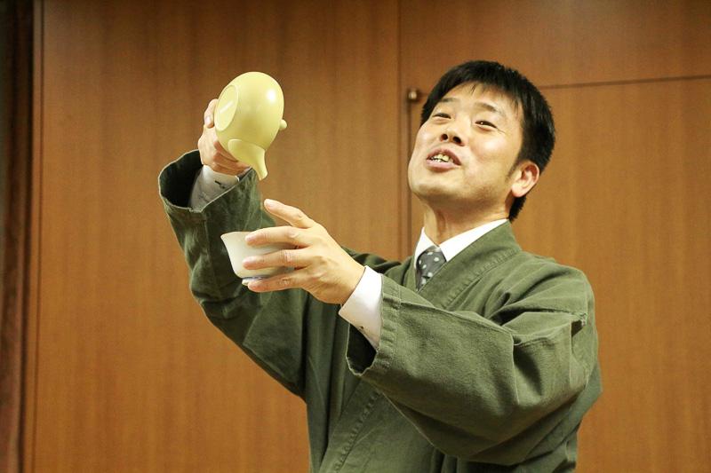 お茶淹れをご指導いただいた小柳津清一商店 品質管理部長 石原健士氏