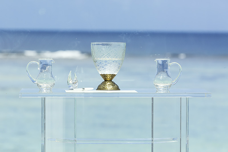 水合わせの儀を行なうためのグラス。神聖な雰囲気が漂う