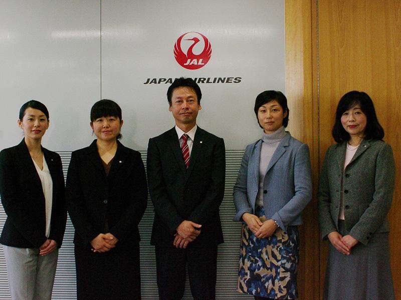 ポジションチームのメンター、浜井部長と決意を語ってくれた「なでしこラボプロジェクト」のメンバー