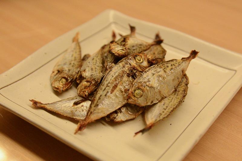 地元では「平太郎」と呼ばれるオキヒイラギの干物。スナック感覚で食べられる美味しい魚だった