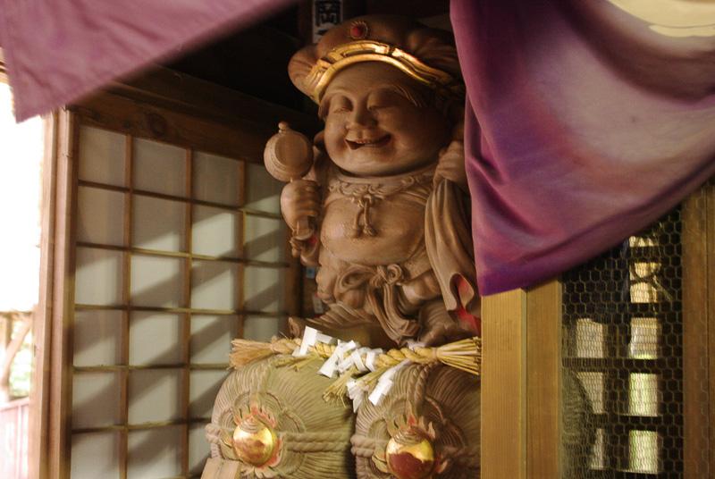 「昇り龍下り龍」の岩五郎が彫った大黒様は縁結びのご利益があるという