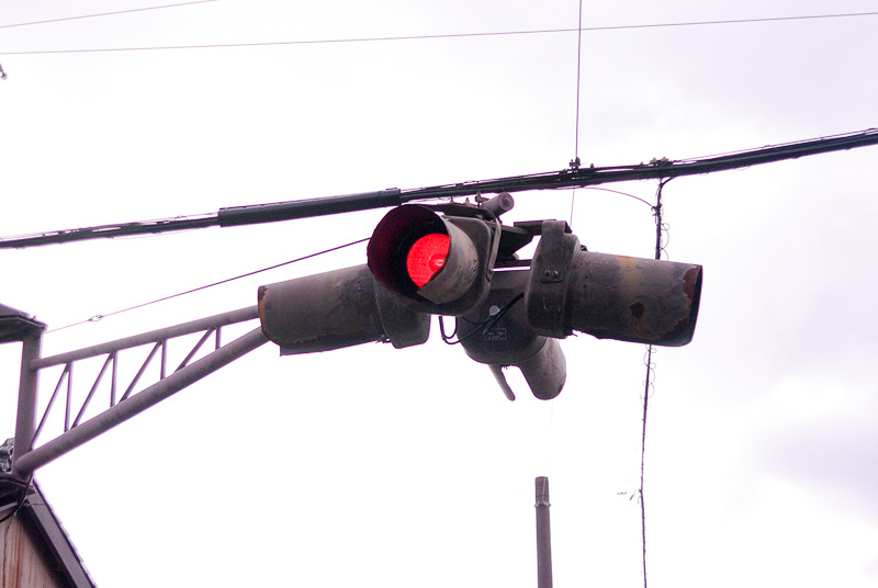 移動可能な信号機。祭の時には「祢里」の邪魔にならないよう場所を移される