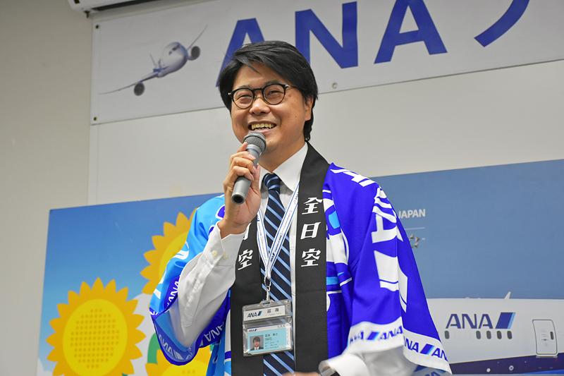 開会の挨拶をするマーケットコミュニケーション部の冨満康之氏