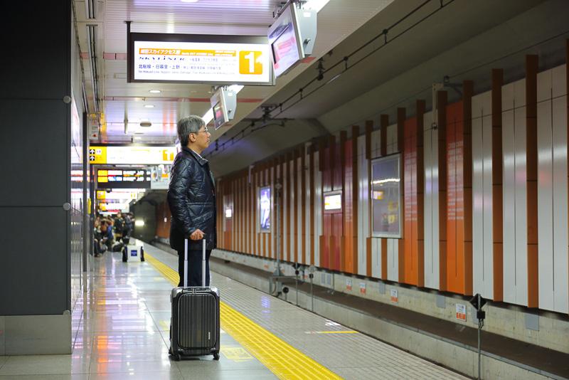 第3旅客ターミナルから普通に歩いても列車が到着する前にホームに着いた