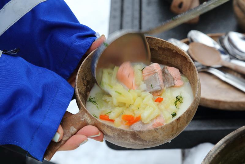 こういうローケーションでいただく温かいスープは本当に美味しく幸せな気分になります