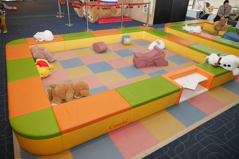 JALキッズランドは、常設されているキッズコーナーに併設する形で設置