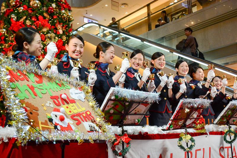 「JALベルスター2015」が羽田空港国内線第1ターミナルで演奏会
