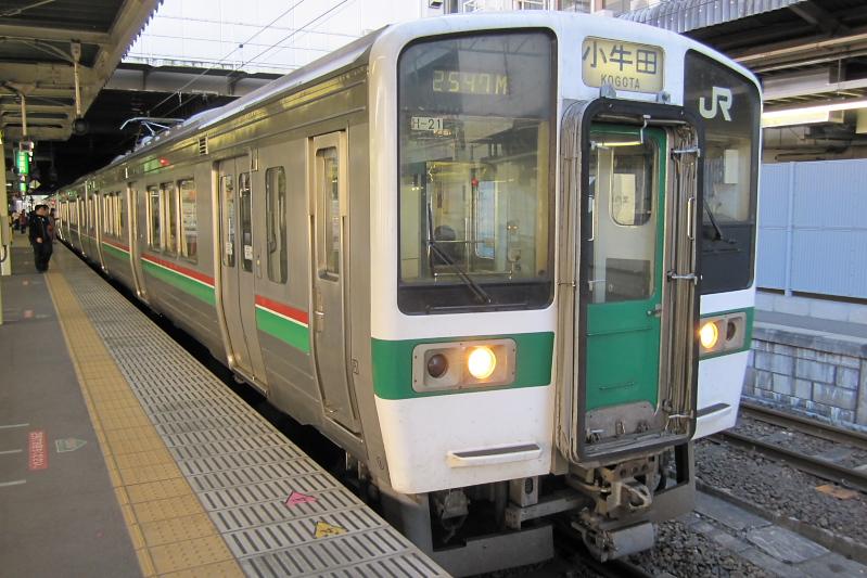 仙台地区を走っている719系近郊電車