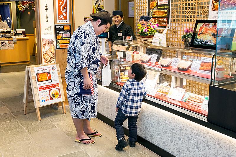 子供にも大人気の横綱、雷電。ターミナルの美味しいお店を知り尽くしているので食事に悩んだ尋ねてみるとイイかも!?
