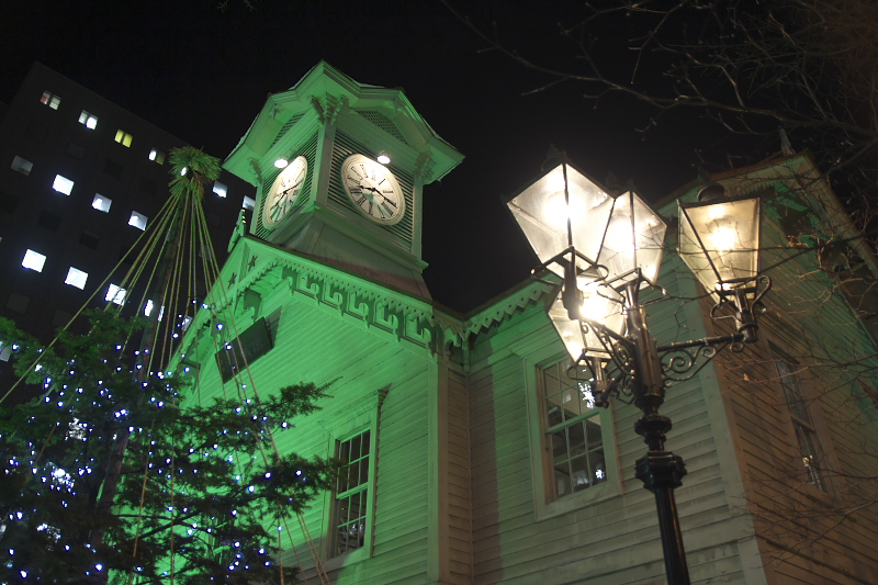 テレビ塔と時計台は札幌の観光名所の定番